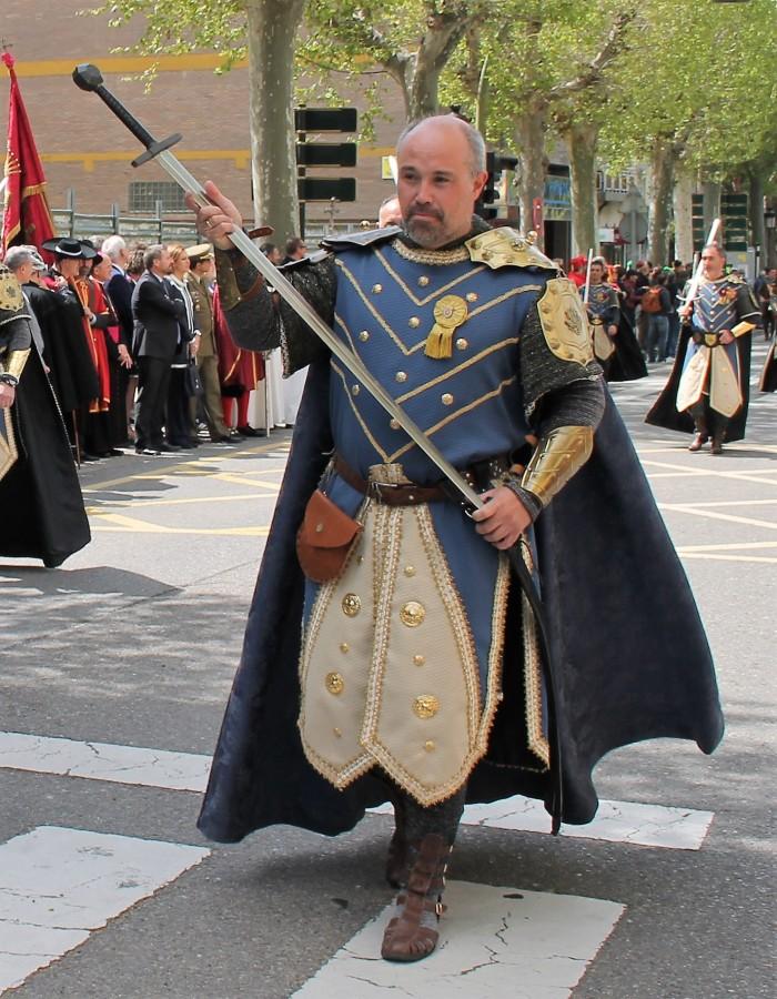 10. JOSE RAMON SALVADOR - CAPITAN DEL CORTEJO HISTORICO