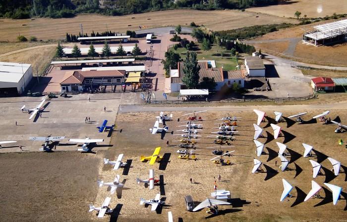 Imagen parcial de las instalaciones del aeródromo de Santa Cilia durante el Tour ULM 2017